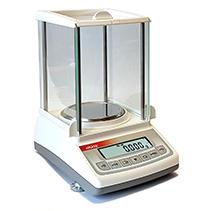 Laboratoryjne kompaktowe z zabudową